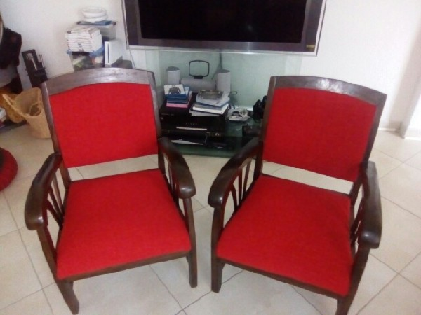 Restauration de fauteuils par votre artisan tapissier d'ameublement