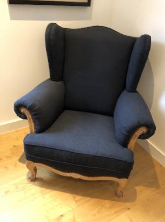 En tant que tapissier d'ameublement, je restaure ou conçoit des chaises, fauteuils, canapés...